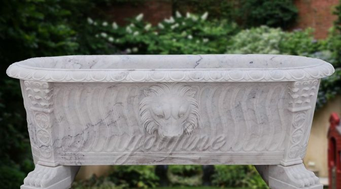 Luxury large white marble bath tub with lion head on sale