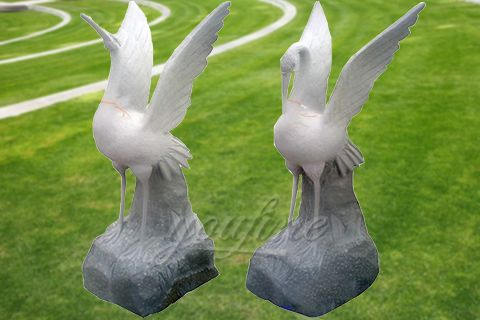 Outdoor natural carved marble crane statue